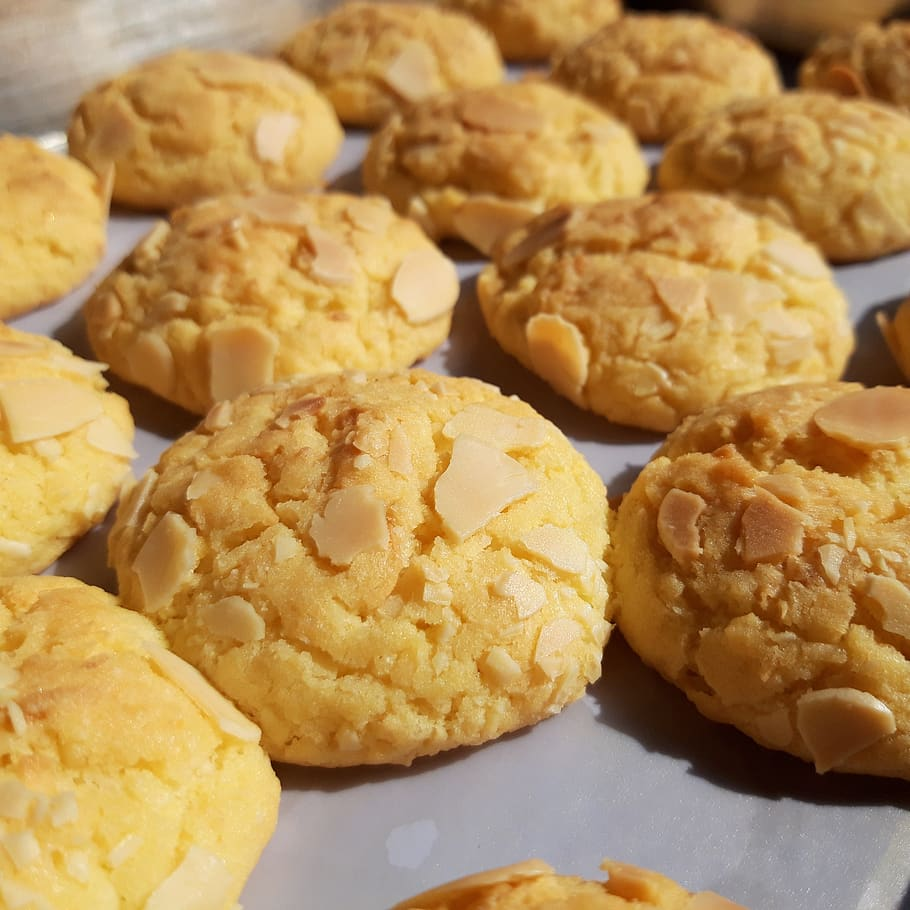 coconut cake biscuits marzipan1